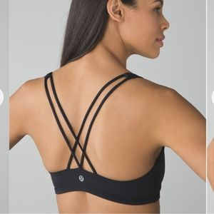 LULULEMON free to be sport bra in black Size 4